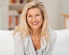 8 Dinge, die Sie jünger aussehen lassen